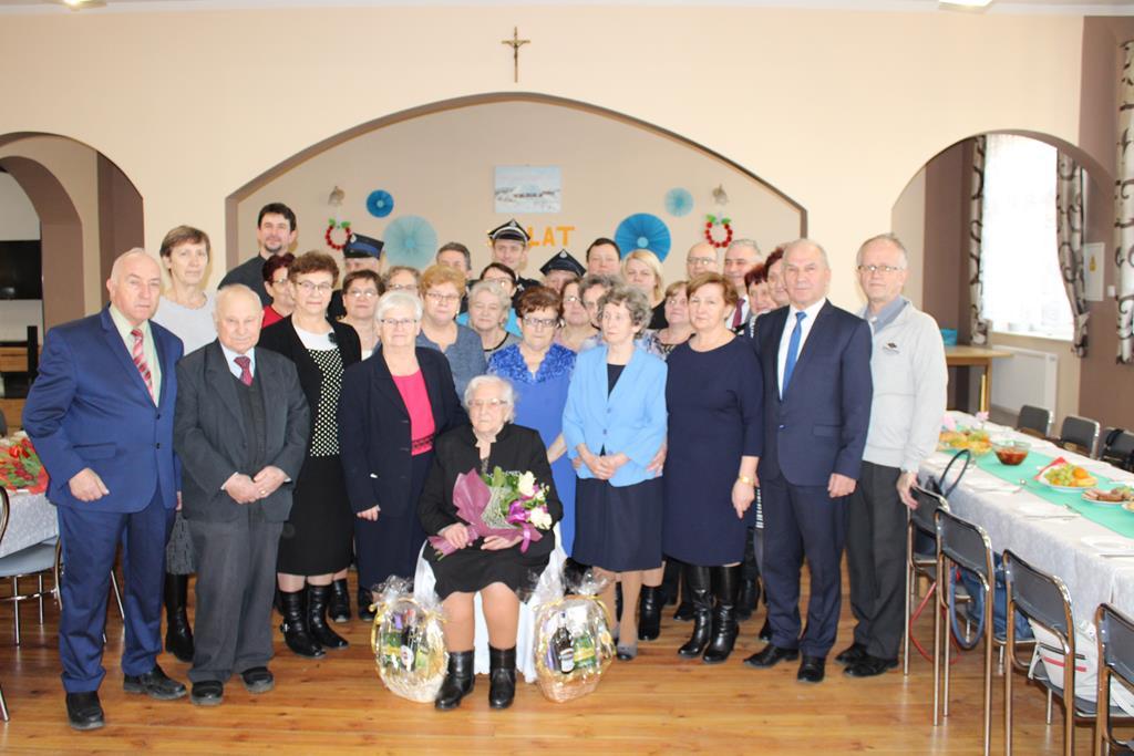 Ilustracja do informacji: 100 lat najstarszej mieszkanki Złotowa